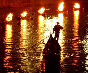 waterfire-gondolaI